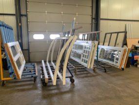 Découpe de chassis courbés pour la société Interwindows